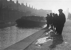The Grand Surrey Canal London Docklands, South London, Old London, London History, Canal Boat, Island Nations, Crystal Palace, London Photos, Historical Pictures