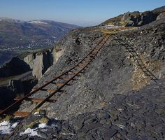 Again Dinorwic slate quarry and some more tracks but somehow quite an important part has gone missing. Abandoned Houses, Abandoned Places, Heritage Railway, Train Pictures, Snowdonia, North Wales, Model Trains, Locomotive, Grand Canyon