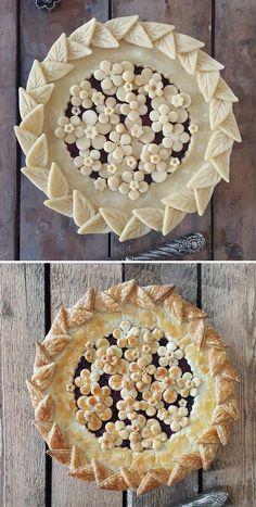 Pie crust design before after karin pfeiff boschek 58 Pie Decoration, Decoration Patisserie, Bon Dessert, Dessert Recipes, Baking Recipes, Creative Pie Crust, Beautiful Pie Crusts, Foto Pastel, Pie Crust Designs