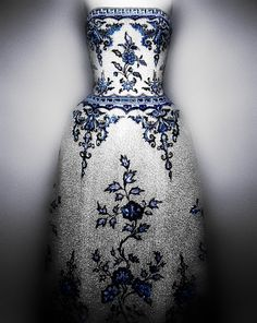 House of CHANEL (French, founded 1913). Karl Lagerfeld (French, born Hamburg, 1938). House of Lesage (French, founded 1922). Evening dress, spring/summer 1984 haute couture. White silk organza, tulle, and taffeta embroidered with blue, white, and crystal beads. Courtesy of Collection CHANEL, Paris  | Photography © Platon #ChinaLookingGlass #AsianArt100