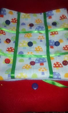 Check out this item in my Etsy shop https://www.etsy.com/listing/266953166/felt-and-fabric-tic-tac-toe-roll-up