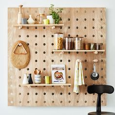Tips on Arranging Tools in a Small Kitchen, Turn It into Smart Kitchen Small Kitchen Organization, Small Kitchen Storage, Kitchen Pegboard, Organization Ideas, Storage Ideas, Wooden Pegboard, Smart Kitchen, Kitchen Small, Peg Board Walls
