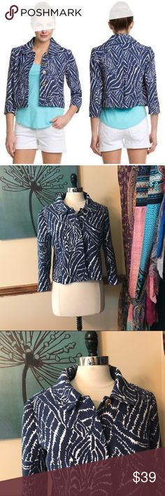 $268 Lilly Pulitzer Show Your Stripes Jacket Size 8. Pink label. Beaufort Show Your Stripes Jacket. The Spring Jacket is a wardrobe essential. SO essential that it must be made an acronym & can be referred to as TSJ in the most stylish circles. It's short, swingy & sassy with in-seam pockets & perfect prints. Looks great with white denim & polished cigarette pants alike. A one-of-a-kind jacket for a one-of-a-kind lady. Cotton, rayon boucle. EUC $268 Lilly Pulitzer Jackets & Coats