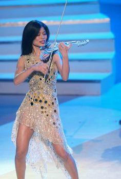 katerynataftay@homail.com ------- << Original Comment >> ------- Vanessa-Mae: Clear Violin