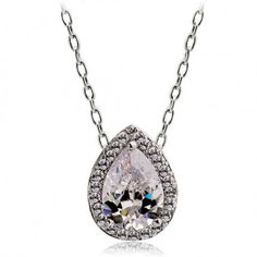 Innocent Love Crystal Necklace  http://re.mu/dress/product/24671