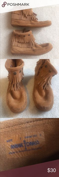 Minnetonka Fringe Booties Great condition brown suede fringe bootie moccasins. Only worn 3 times! Super soft and comfortable. Minnetonka Shoes Ankle Boots & Booties