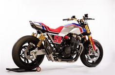 Honda has confirmed that its new TR concept and Africa Twin Enduro Sports concept will be on display at Motorcycle Live – the first time the bikes will have been seen in the UK. Only just unveiled at EICMA in Milan last week, […] Cafe Racer Honda, Cafe Racer Bikes, Cafe Racer Motorcycle, Moto Bike, Honda Cb1100, Honda Cbx, Motos Honda, Honda Bikes, Moto Design