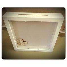 Κάδρο ευχών γάμου με ξύλινες καρδιές... Bathroom Medicine Cabinet