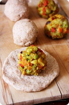 Spicy Stuffed Buns/Khara Buns (Wholemeal buns stuffed with spicy mixed vegetable mash) - Spicy Stuffed Buns/Khara Buns: To take you down the memory lane. Indian Food Recipes, Vegan Recipes, Snack Recipes, Cooking Recipes, Vegan Food, Indian Foods, Bread Recipes, South Indian Vegetarian Recipes, Vegetarian Dinners