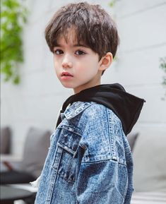 Melrose Beautiful Boys, Pretty Boys, Beautiful Children, Boy Fashion, Kids And Parenting, Korean Babies, Asian Babies, Cute Kids, Cute Babies