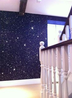 35 Lovely Glitter Wall Paint Ideas For Beautiful Bedroom - Any little girl will love Fairy bedroom décor. She will be able to create her own magical world in which to pursue her hopes and dreams. Making her ro. Glitter Wallpaper Bedroom, Glitter Bedroom, Glitter Paint For Walls, Glitter Paint Interior, Glitter Home Decor, Fairy Bedroom, Bedroom Decor, Bedroom Ceiling, Wallpaper Staircase