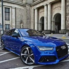 Awesome in blue. Audi 🔥🔥🔥 - New Sites Audi Rs5 Coupe, Audi Rs7, Fancy Cars, Cool Cars, Audi Autos, Carros Audi, Porsche 918 Spyder, Mercedes Benz G, Lux Cars