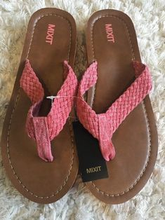 821783cd8fe2 NEW MIXIT Coral BRAIDED Women s Sandals - SIZE 10 - Pink Woven Flip Flops -  NWT