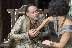 Pin for Later: Did You Catch Both Game of Thrones Actors on Peaky Blinders' Season 3 Premiere? Alexander Siddig as Doran Martell in Game of Thrones And here he is as Doran, being murdered on the season six premiere of Game of Thrones. Game Of Thrones Chapters, Game Of Thrones Plot, Game Of Thrones Saison, Game Of Thrones Premiere, Sansa Stark, Shot To The Heart, Watchers On The Wall, My Champion, Are You Not Entertained