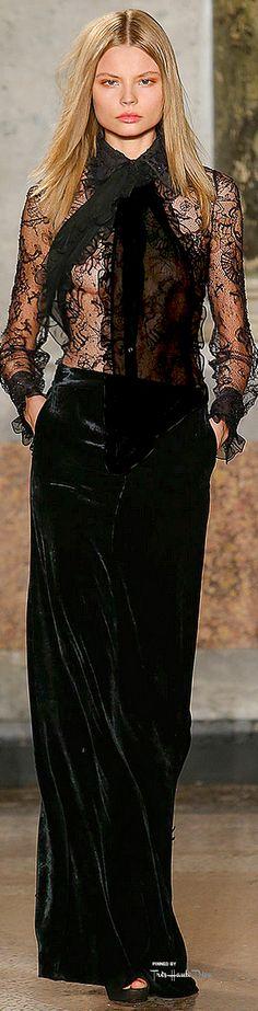 Emilio Pucci Fall 2015 Ready-to-Wear Collection Photos - Vogue Fashion Week, Love Fashion, High Fashion, Fashion Show, Emilio Pucci, Winter Mode, Fall Winter 2015, Couture Fashion, Runway Fashion