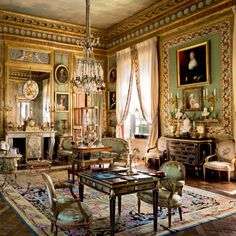 White Drawing Room, Buckingham Palace, by Ashley Hicks French Interior, Classic Interior, Best Interior, Luxury Interior, Interior Architecture, Mansion Interior, French Architecture, Palaces, French Cottage