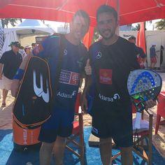 Paquito Navarro y Sanyo Gutiérrez se aseguran su lugar en las semis del #WPTMiamiMaster tras ganar a Pablo Lijo y Jordi Muñoz por 6/3 y 6/4.  #padel #instapadel #padeladdict #padeltime #worldpadeltour