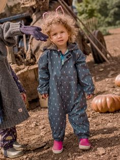 Baby 3 in 1 Scamp Suit Our unique waterproof suit is perfect for all seasons with zip-out fleece inner to keep muddy pups warm and happy whatever the weather. #farm #fields #unisex #raindrop design #wellies #little #girl