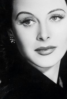 Hedy Lamarr ✾... decades ago she invented the same technology used in bluetooth today.
