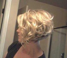 Kurze Wellige Frisur (Short Hair Color)