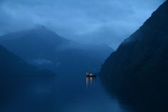 Boat in the magnificent Doubtful Sound, New Zealand Photography Competitions, Natural Scenery, New Zealand, Kayaking, Travel Photos, Travel Photography, Wildlife, Boat, River