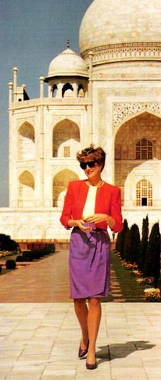In New Delhi. - Feb 1992 _ Suite