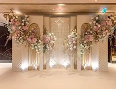 Wedding Backdrop Design, Wedding Stage Design, Wedding Hall Decorations, Wedding Reception Backdrop, Engagement Decorations, Backdrop Decorations, Flowers Decoration, Wedding Mandap, Wedding Receptions