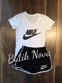 Gym suit Summer style Sports Suit for women 2 Cute Nike Outfits, Cute Lazy Outfits, Chill Outfits, Sporty Outfits, Dope Outfits, Athletic Outfits, Trendy Outfits, Summer Outfits, Teen Fashion Outfits