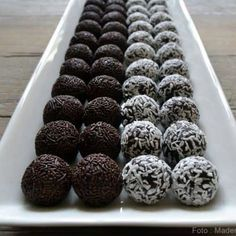Homemade spherical spheres in 5 minutes - my very best recipe .- Homemade ice cream balls in 5 minutes – my very best recipe that does not require you to first bake a cake and can not eat it. Cake Recipes, Dessert Recipes, Desserts, Danish Food, Sweets Cake, Homemade Ice Cream, Food Cakes, Four, Yummy Cakes