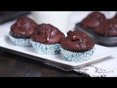 These double chocolate muffins made with heavy cream are absolutely amazing. They don't need any additional butter or oil, the fat in heavy cream is enough t. Double Chocolate Muffins, Chocolate Chunk Cookies, Chocolate Cups, Chocolate Recipes, Raspberry Chocolate, Cupcakes, Cupcake Cakes, Unique Recipes, Sweet Recipes