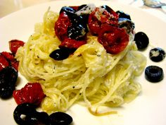 Roasted Tomatoes, Olives and Ricotta Pasta