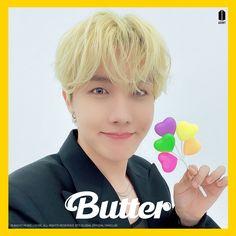 210506 BTS 'Butter' Concept Clip #BTS #BUTTER #JHOPE #HOSEOK Foto Bts, Bts Photo, Jung Hoseok, Gwangju, K Pop, Mixtape, J Hope Twitter, Twitter Bts, J Hope Smile