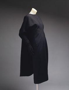 Cristobal Balenciaga: Day dress (1976.124.7a,b) | Heilbrunn Timeline of Art History | The Metropolitan Museum of Art