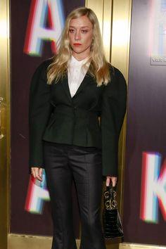 Kate-Mara-Chloe-Sevigny-Saks-Fifth-Avenue-Party-Red-Carpet-Fashion-Valentino-Tom-Lorenzo-Site-5.jpg (550×825)