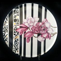 China Painting, Ceramic Painting, Diy Painting, Painted Plates, Painted Boxes, Ceramic Spoons, Ceramic Clay, Feuille Aluminium Art, Aluminum Foil Art
