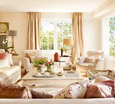 Immagine soggiorno classico, molto elegante, con le pareti color crema - vero tocco di stile