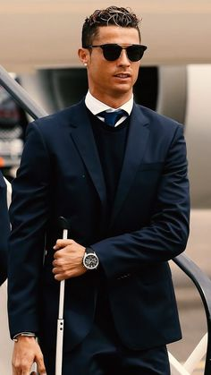 James Bond Suits & Tuxedos on SALE - Affordable Daniel Craig Clothing Cristiano Ronaldo Cr7, Cristiano Ronaldo Hairstyle, Cristiano Ronaldo Manchester United, Cristiano Ronaldo Celebration, Cristiano Ronaldo Portugal, Cristino Ronaldo, Cristiano Ronaldo Wallpapers, Ronaldo Football, Ronaldo Hairstyles