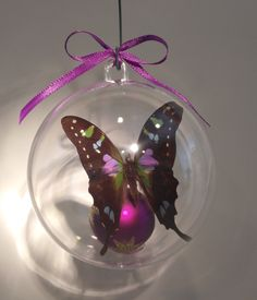 """Graphium weiskeii"" from New Guinea    One of the most beautiful swallow tails in the world. Clear ornament  80 mm.... $25.00  ......100 mm $30.00 US Butterfly Ornaments, Clear Ornaments, Swallow, Christmas Bulbs, Most Beautiful, Holiday Decor, Crafts, Manualidades, Christmas Light Bulbs"