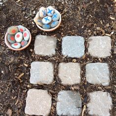 Tic Tac Toe in the garden! Super fun.
