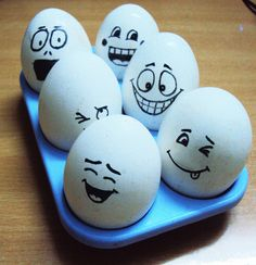 Hard-boil eggs and with a black sketch pen give each Easter egg a different emotion on their face. Hard-boil eggs and with a black sketch pen give each Easter egg a different emotion on their face. Funny Easter Eggs, Funny Eggs, Easter Egg Dye, Easter Crafts, Crafts For Kids, Cooking Hard Boiled Eggs, Easter Drawings, Easter Egg Designs, Different Emotions