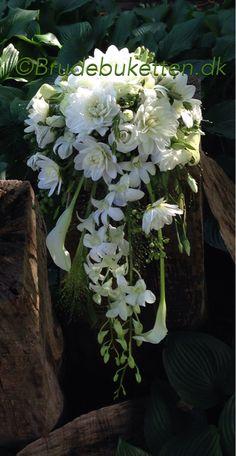 Klassisk brudebuket med fald