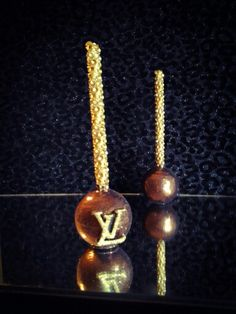 LV Glitter Glam Cake Pops | To place order: http://jotform.us/form/21374950725153 or email, bdalzzle@gmail.com