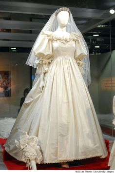 Diana Spencer's wedding dress