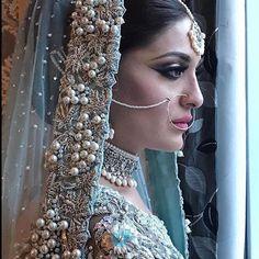 Indian bride in white lehenga Pakistani Wedding Outfits, Pakistani Bridal Dresses, Pakistani Wedding Dresses, Bridal Outfits, Indian Bridal Makeup, Asian Bridal, Asian Inspired Wedding, Bridal Dupatta, Walima Dress
