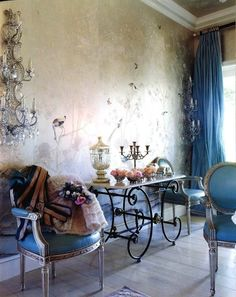 wall patina - pretty blue upholstered French chairs -4BildCasa