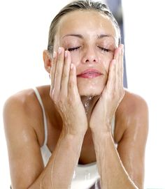 Facial Massage Techniques And It's Benefits - http://www.amazingfitnesstips.com/facial-massage-techniques-and-its-benefits