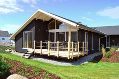 Mein Ostseeferienhaus - Dänisches Ferienhaus in Zierow - Ostsee Style At Home, Shed, Outdoor Structures, Cabin, House Styles, Home Decor, Modern Cottage, Vacations, Room Decor