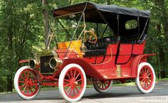1909 Ford Model T Touring- wedding transportation :)