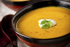 Ingredients and step-by-step recipe for Butternut Squash Soup. Find more gourmet recipes and meal ideas at The Fresh Market today! Soup Recipes, Cooking Recipes, Fall Recipes, Diet Recipes, Diet Meals, Gourmet Recipes, Recipies, Roasted Butternut Squash Soup, Paleo Bacon