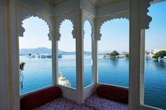 12 Best Udaipur Budget Hotels and Hostels with Lake Views